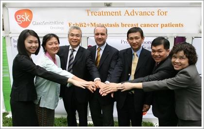 帕唑帕尼(pazopanib)和舒尼替尼(sunitinib)对亚裔和非亚裔患病者均具有良好的安全特性-